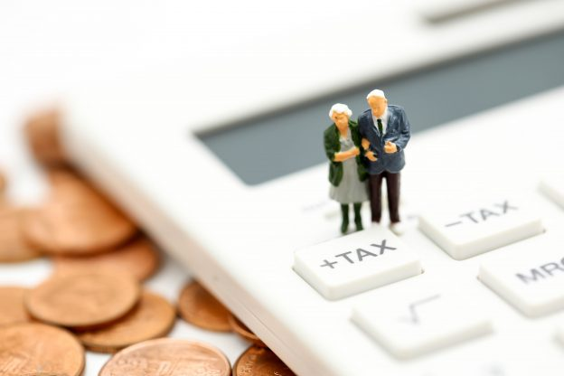 Do Beneficiaries Pay Taxes on Life Insurance Policies?